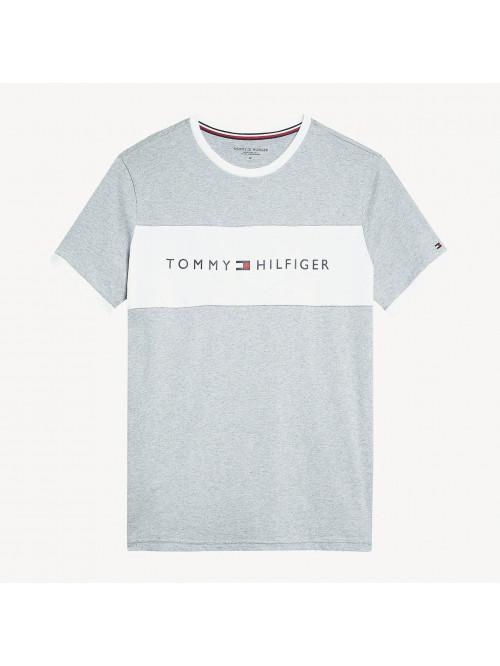 Pánské tričko Tommy Hilfiger CN SS TEE LOGO FLAG šedé